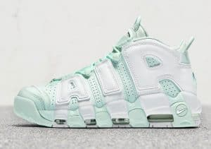 Nike wmns more uptempo barely green